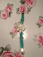 Стильный женский браслет цветочек с камнем. Бижетерия