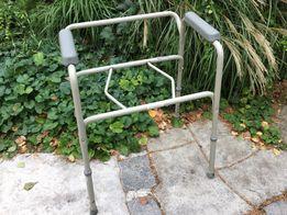 Krzesło sedesowe toaletowe, przenośna toaleta stelaż,może być balkonik