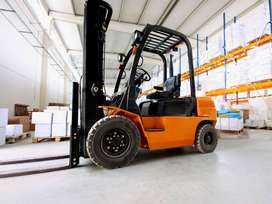 FORKLIFT TRAINING COURSE AT SA MINING AND OPERATOR IN RUSTENBURG