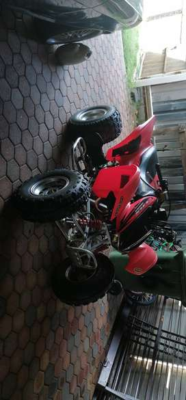 Honda 300ex trx in nice condition for R13000