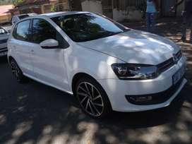 2012 V W polo 6 hatch back 1.6