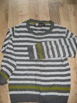 sweterek reservet