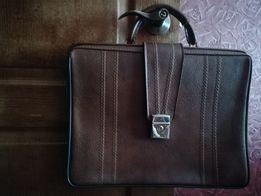 Кожаный портфель ivoli