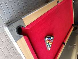 Pool.table