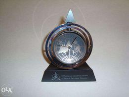 Часы Настольные в форме глобуса