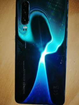 HUAWEI P30 WITH THE BOX AND CHARGER