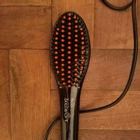 Jean Robere hair straightening brush. Price is negotiable
