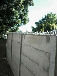Image of Wall Spikes, Razor wire. Home Renovations Arts