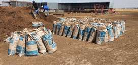 We supply gud quality topsoil and compost