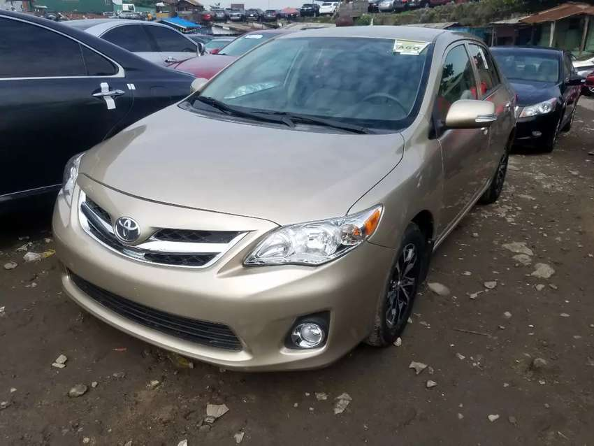 Accident free 2010 Toyota corolla gold 0