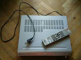DVDплеер LG с акустикой и микрофоном
