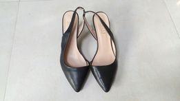 Czarne buty bez pięt R.40