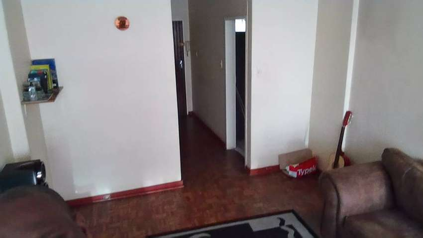 Room in a neat and secure flat 0