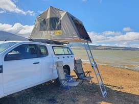 Eezi-awn Jazz rooftop tent & Frontrunner roofrack for sale (as if new)