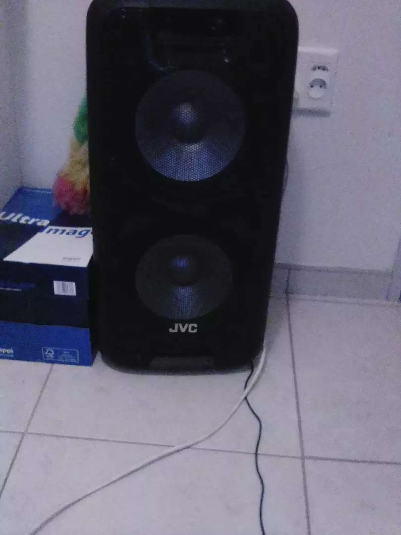 Jvc 2 10 inch subs trolley speakers 0