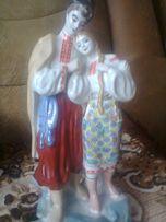 Статуетка фарфорова