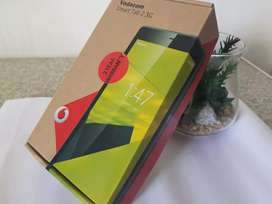 Vodafone tablet 2.0 comes with box and all accessories