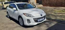 MAZDA 3 IN EXCELLENT CONDITION,  PRICE NEGOTIABLE, KEYLESS ENTRY