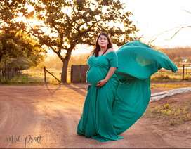 Maternity photography in a relaxed comfortable environment -farm1250