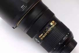 Nikon 24-70mm f/2.8G ED VR Lens (Mint Condition)