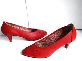 ЭЛЕГАНТНЫЕ туфли женские красные кожа новые