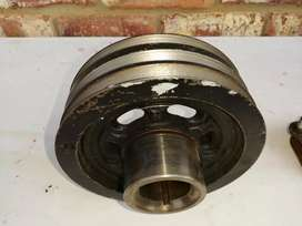 Mazda Drifter 3.0 miscellaneous pulleys