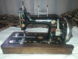 Швейная машинка VESTA 1940 год Рабочая Оригинал