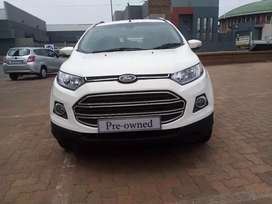 2015 model Ford Ecosport available and very clean