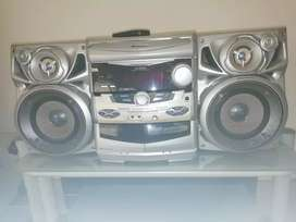 Pioneer radio/CD/Aux home system