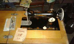Новая швейная машина 2-м 1969 г.