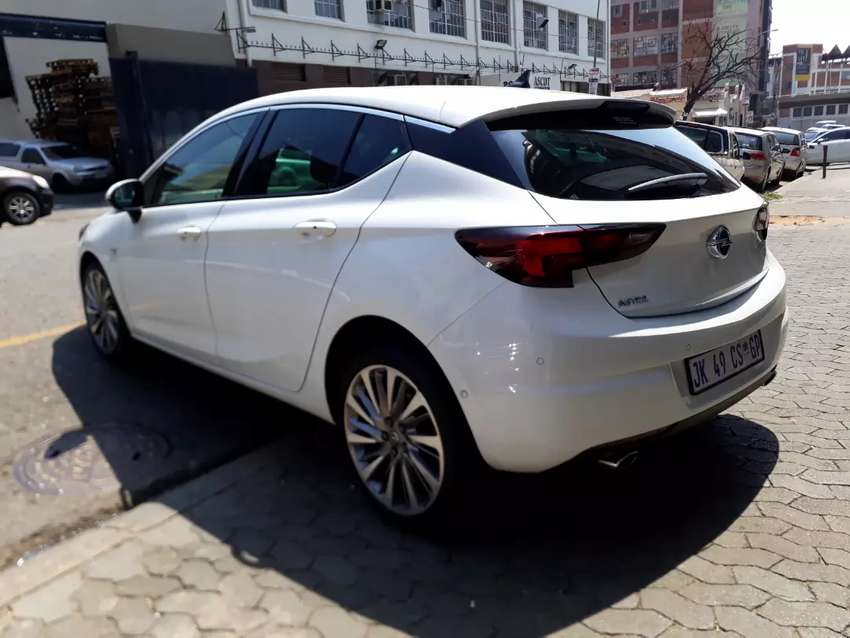 opel Astra sports 1.6 R 19.5000 Negotiable