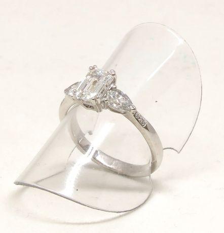 Białe złoto 0,750. Pierścionek z brylantami 1,50 carat. Zaręczynowy. Szczecin - image 4