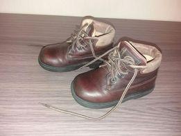 Осенние кожаные ботинки 23 размер