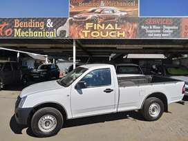 2010 Isuzu long base bakkie. 247800km. Price R129 999