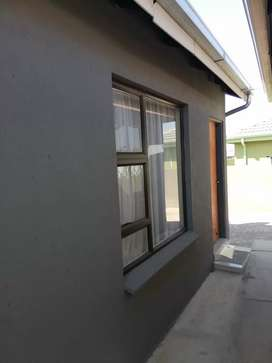 Spacious room to rent at Crystal Park ext 32 Benoni