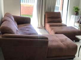 3 piece corner lounge suite with ottom