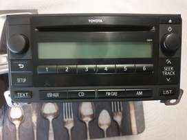 Toyta Fortuner radio and cover for sale.