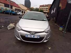 Hyundai I20,model2014, engine 1.4lt, mileage 76000km