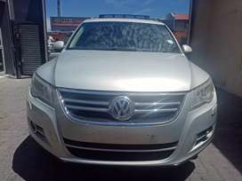 2010 VW Tiguan 2.0 Tdi With leather seats and Sunroof