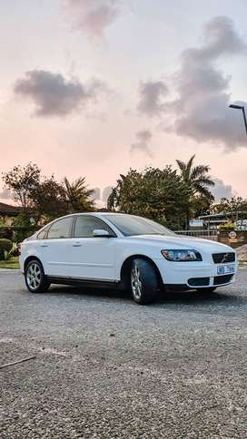 VOLVO S40 T5 FOR SALE!