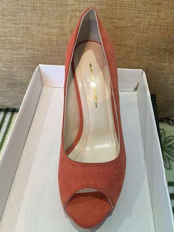 Продам замшевые туфли Fellini Одесса - изображение 1