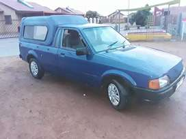 Bakkie for sale very agent the car is in good condition start nd go