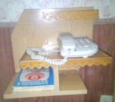 Полка для стационарного телефона в прихожую