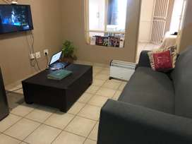 Couch for sale for only R1200