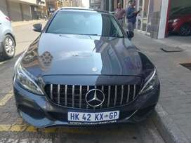 MERCEDES BENZ C180 FOR SELE AT VERY GOOD PRICE AUTOMATIC