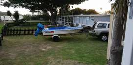 Crestrider G4 boat ready for water