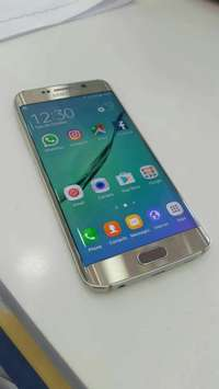 Image of Gold Samsung s6 edge plus 32gig for sale