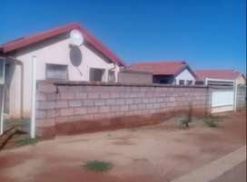 Two bedroom house for R3000 is avail for renting.