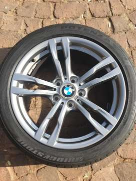 """18"""" F30 BMW rim 5x120pcd  still in perfect condition never been fixed"""