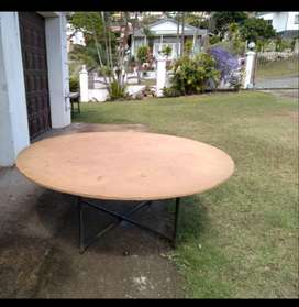 Round Catering tables for sale
